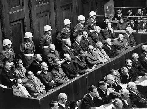 Allemagne-Nuremberg-1946-1.jpg